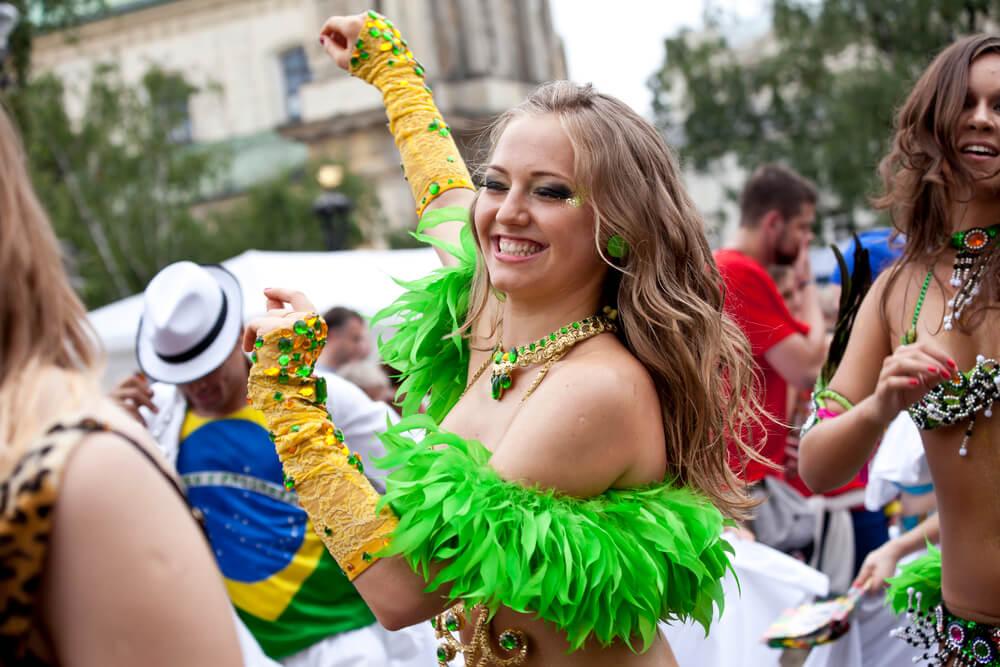 faca-voce-mesmo-3-ideias-incriveis-de-fantasias-de-carnaval-de-rua