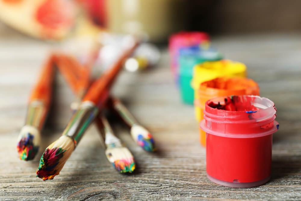 4-tipos-de-tintas-para-artesanato-que-voce-precisa-conhecer